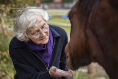 Mevrouw met pony